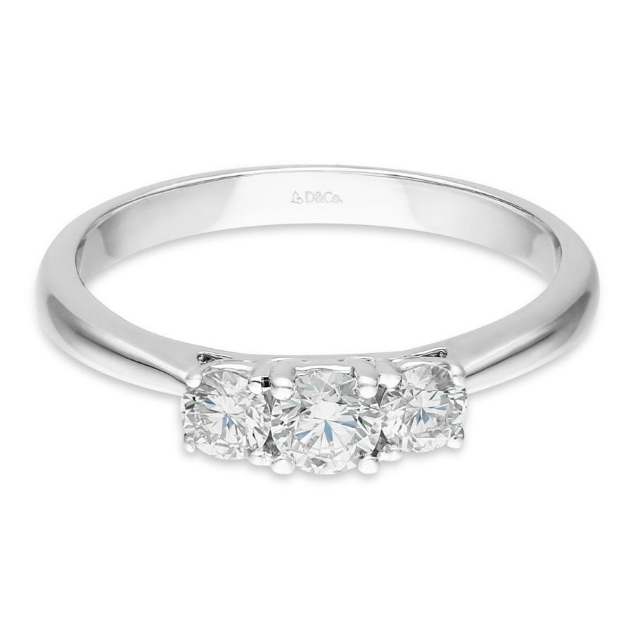 DIAMOND LADIES RING  DCWSS0098