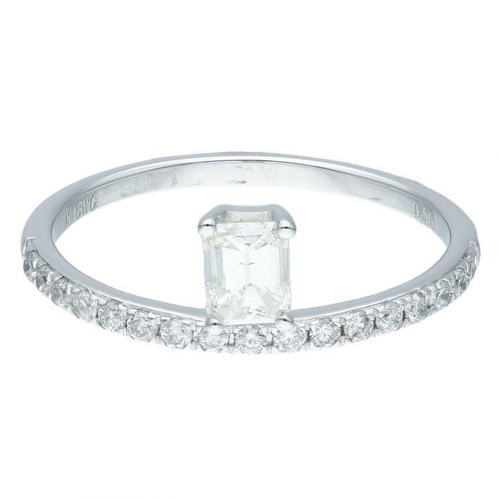 Diamond Ladies Ring UNHCW3